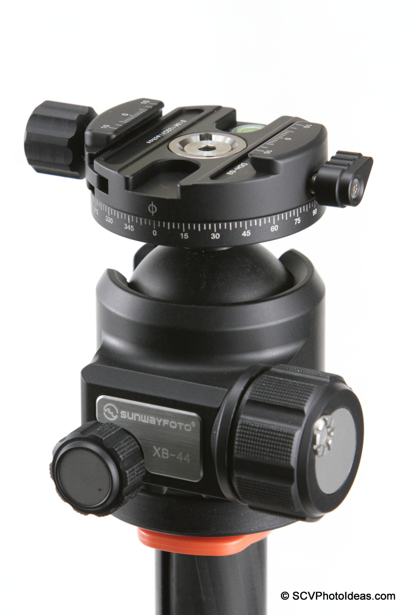 Sunwayfoto DDH-03 PC on XB-44 LP ball head