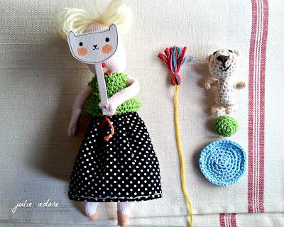 handemade crochet crocheted pois noir black peas