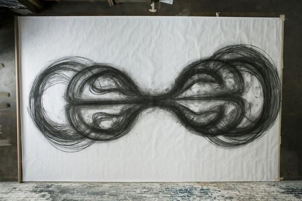 Emptied Gestures - desenho cinético de Heather Hansen