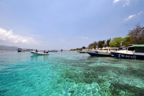 Rekreasi Menarik Pulau Lombok Yang Beda Dengan Yang Lain
