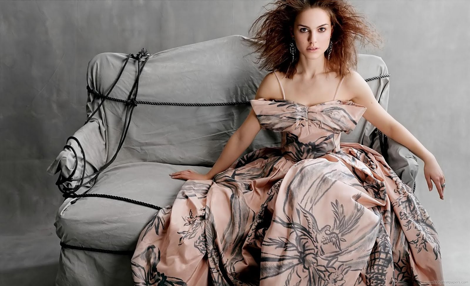 Natalie Portman 1 - Natalie Portman Photo Shoot Pics