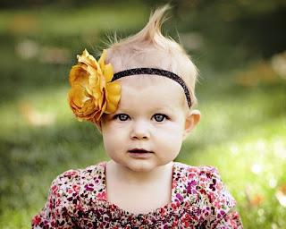 Foto Bayi Lucu Bermata Cantik