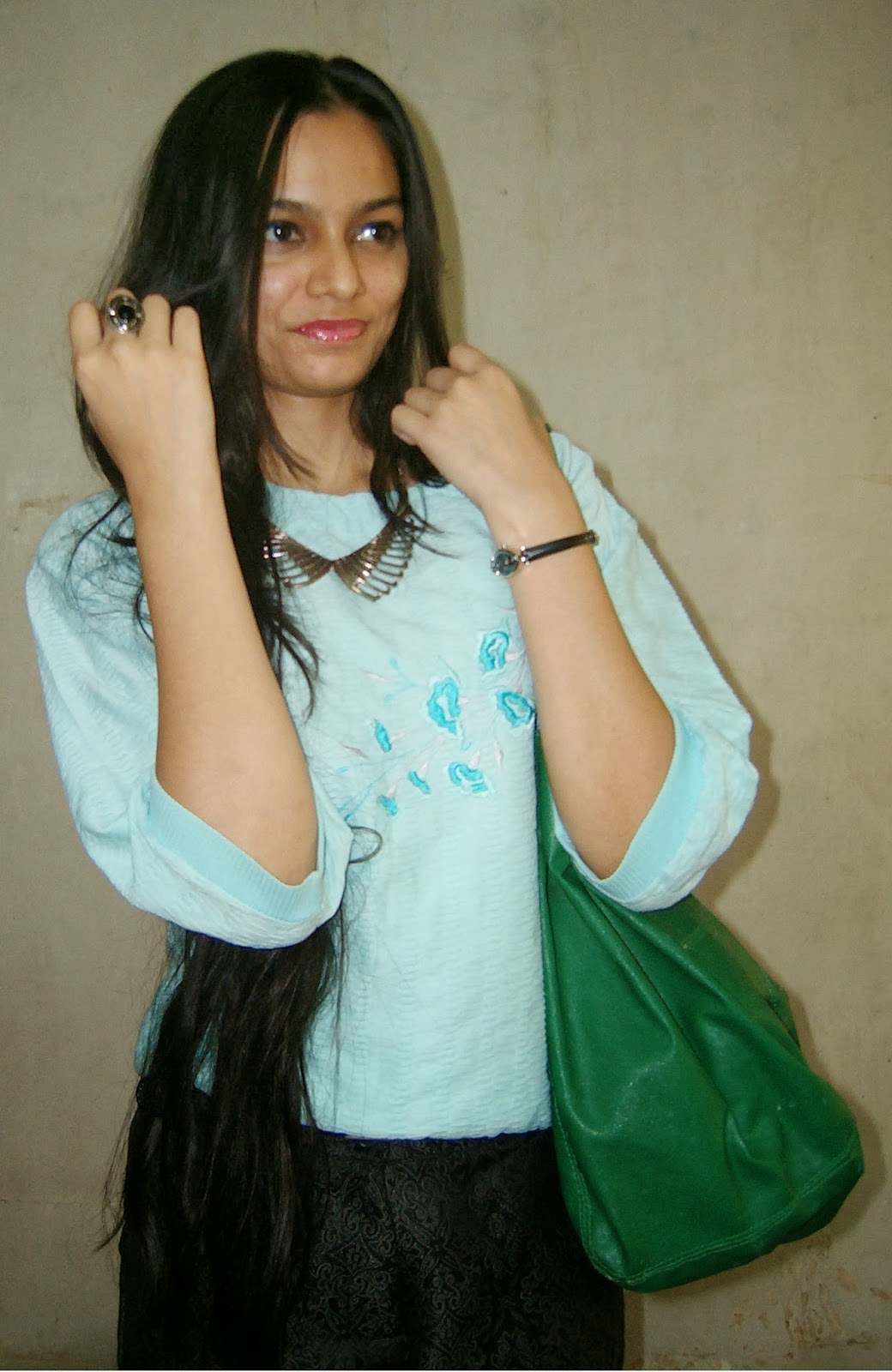 street shopping, how to dress for rains, what I wore in the freak rains in india
