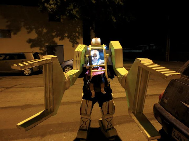 awesome baby carrier halloween costume