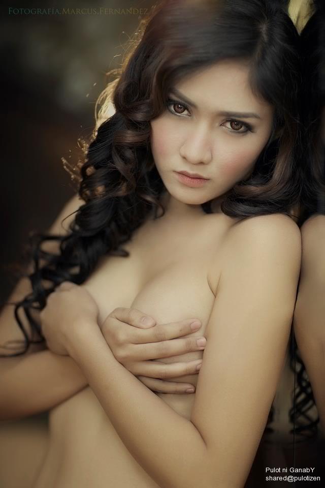 Yassi benitez nude