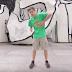 Χορεύοντας τον ίδιο χορό σε 100 διαφορετικά μέρη (video)
