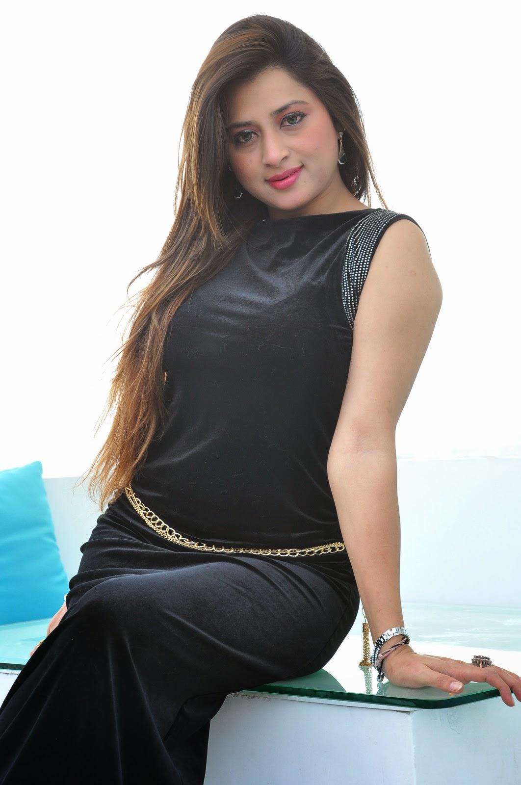 Farah khan glamorous photos-HQ-Photo-3
