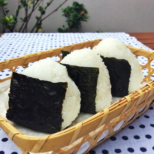TabiEats: How to Make Onigiri-Japanese Rice Balls