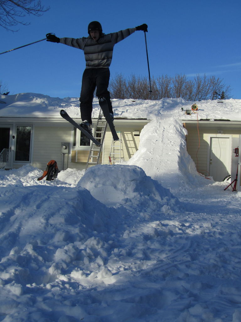 how to build a halfpipe out of snow