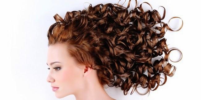 model rambut keriting