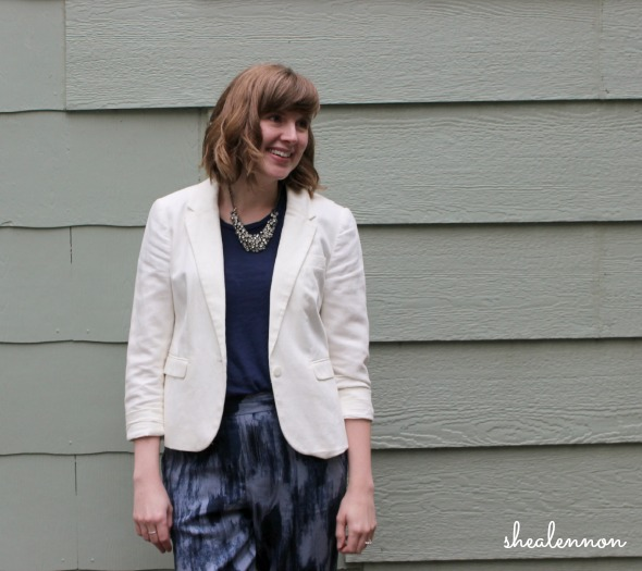 Date night look: blazer, statement necklace, joggers | www.shealennon.com
