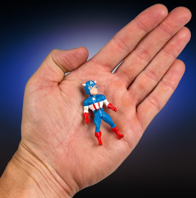 Marvel's Secret Wars Micro Bobbles Series 2 by Gentle Giant - Captain America