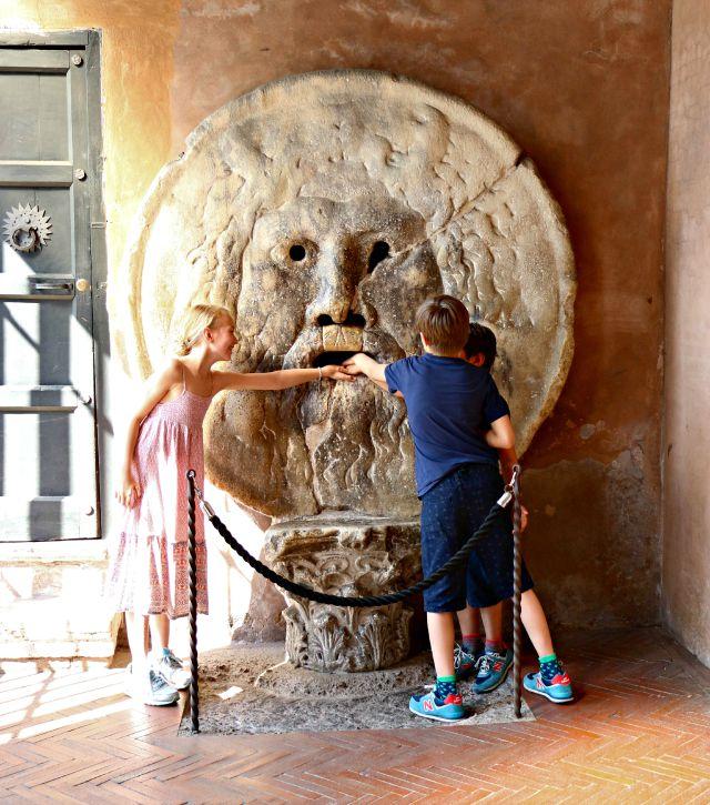 Ein Besuch mit Kindern in Rom - Bocca della verita