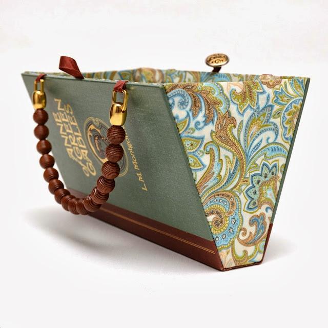 stylowe torebki DIY pomysł na torebkę z książki