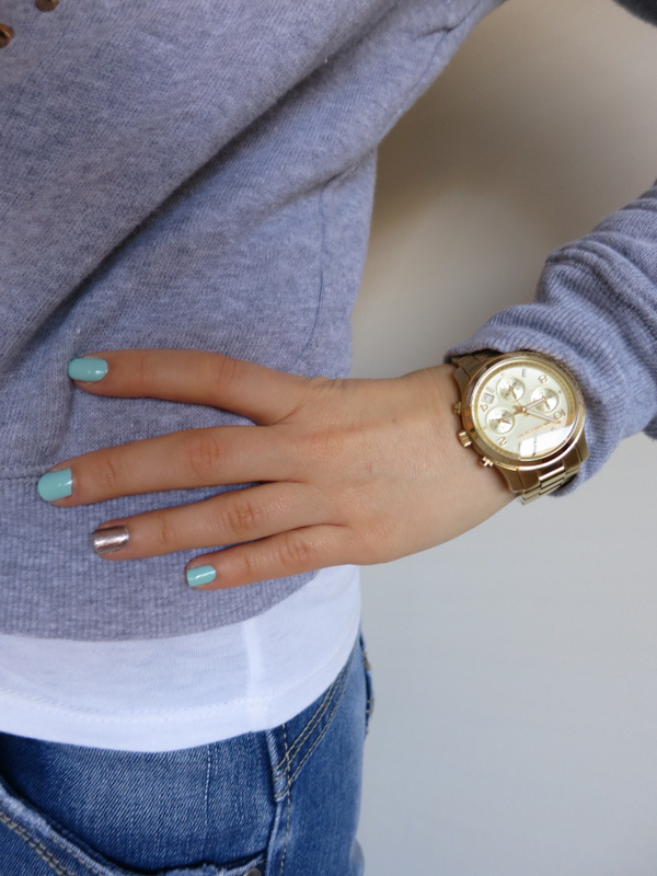 petite fashion, petite outfit, petite girl, jumper with embellishment, boyfriend jeans, military booties, Michael Kors Watch
