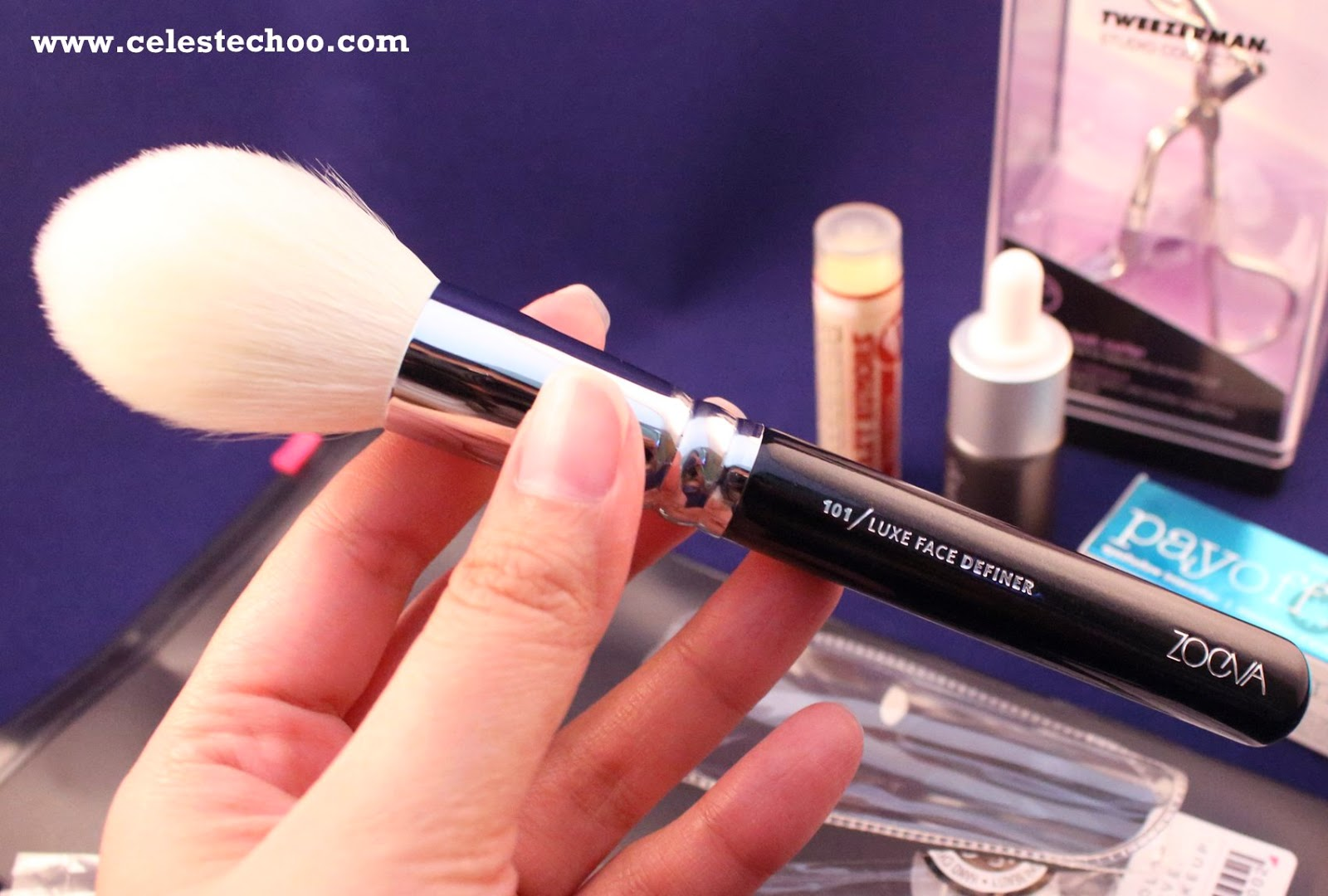 image-luxola-online-beauty-shopping-face-contouring-brush