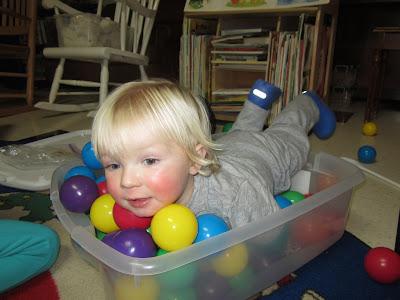 homeplay, pa-paw patch, circus sensory tub
