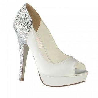 أحذية للعروس لسنة 2013 قمة في الشياكة والاناقة
