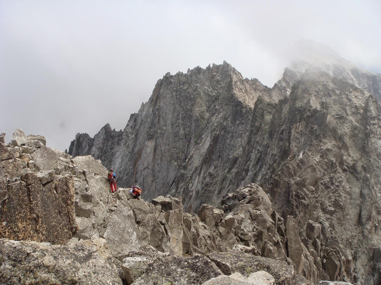 Cresta Salenques-Tempestades al Aneto.