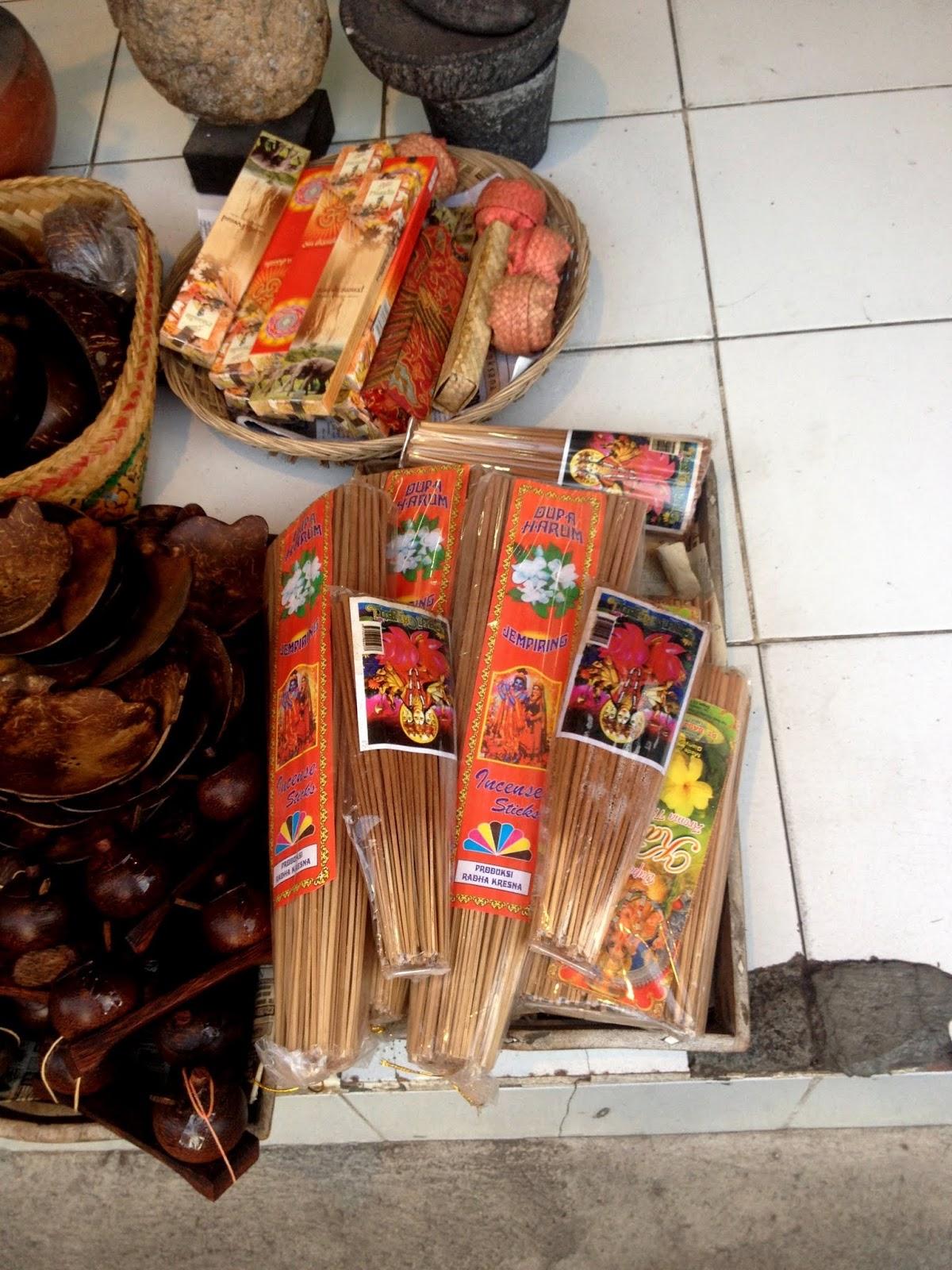 Индонезия что привезти в подарок 77