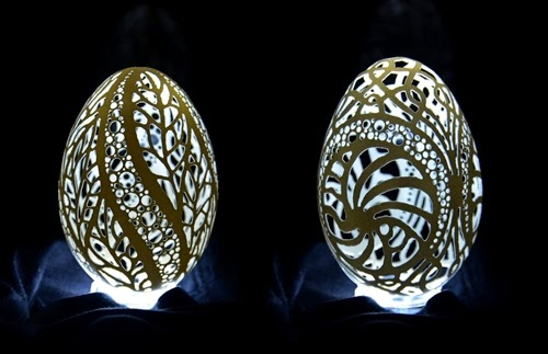 00-Piotr-Bockenheim-Carved-Goose-Eggs-Sculptures-www-designstack-co