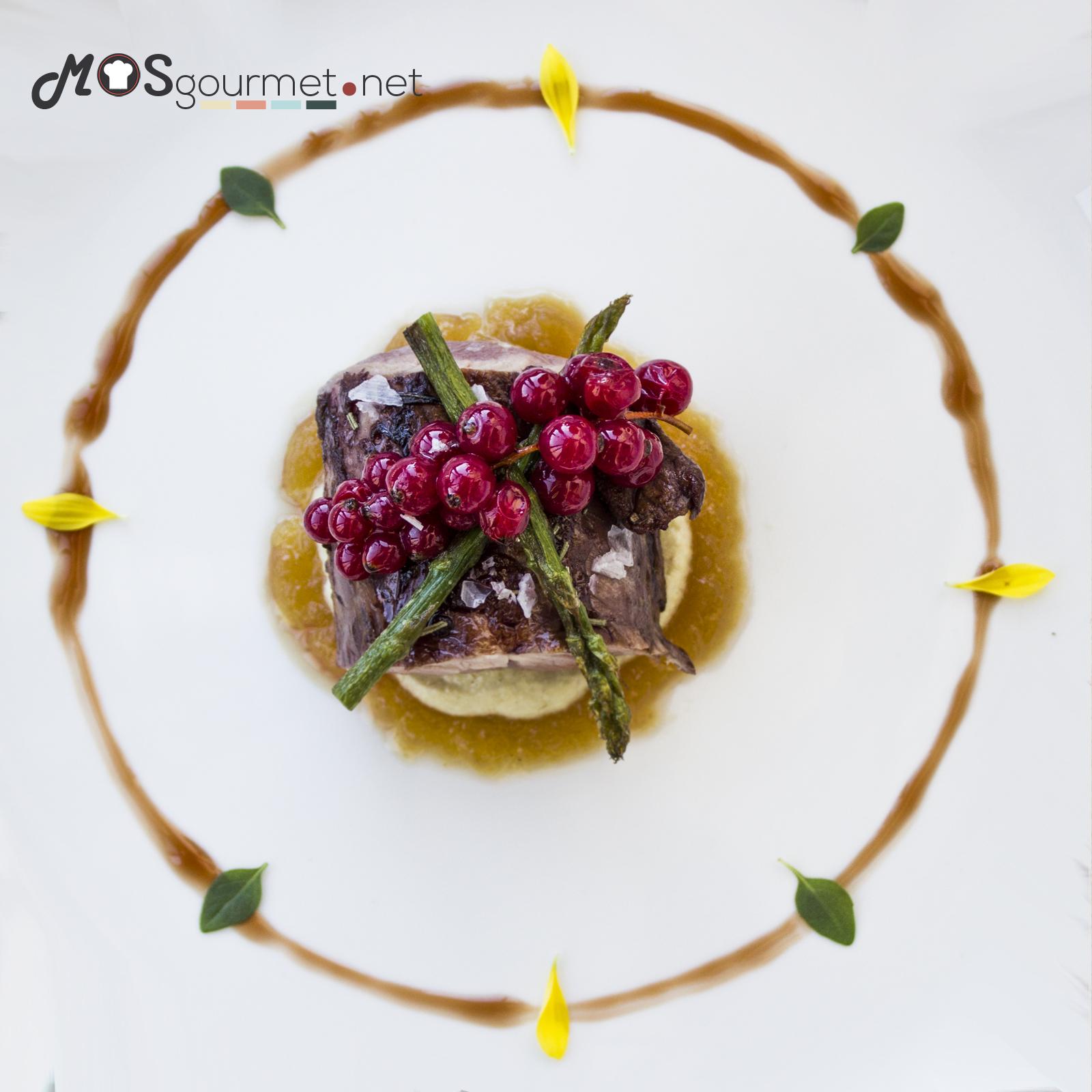 solomillo-alcachofas-humo-manzana-mosgourmet