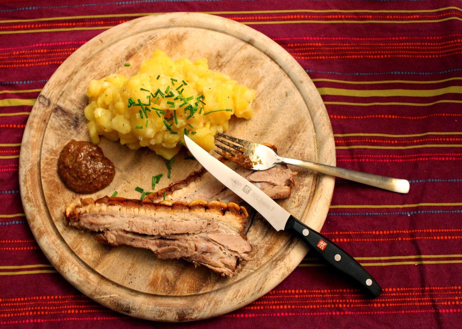 http://amorundkartoffelsack.blogspot.de/2014/05/wammerl-mit-bayrischem-kartoffelsalat.html