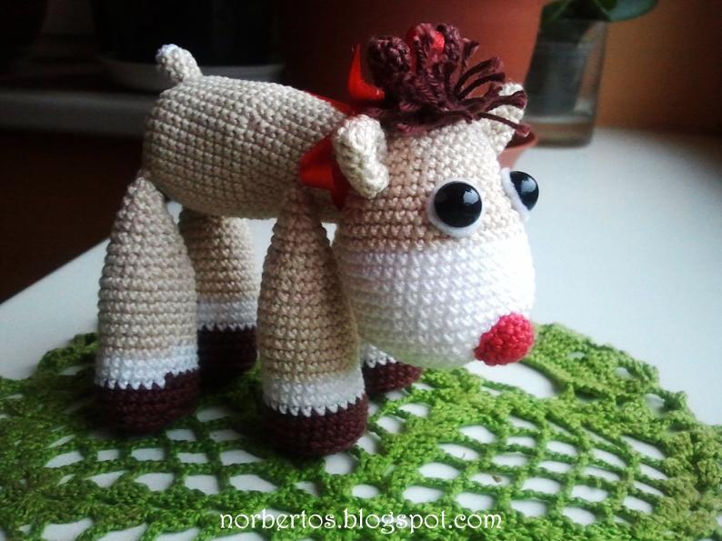 Crochet Rudolf the reindeer
