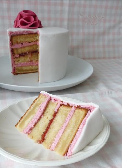 tarta con fondant sencilla y elegante - 05