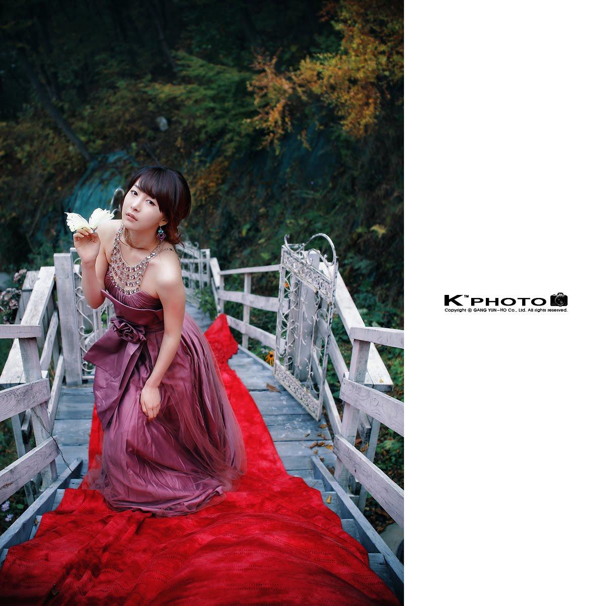 独木桥 (dú mù qiáo) - Lone bridge 无限的恨悠悠 (wú xiàn dí hèn yōu yōu) - Non ending of continued hatred 你丢下我就走 (nǐ diū xià wǒ jiù zǒu) - You abandon me and left
