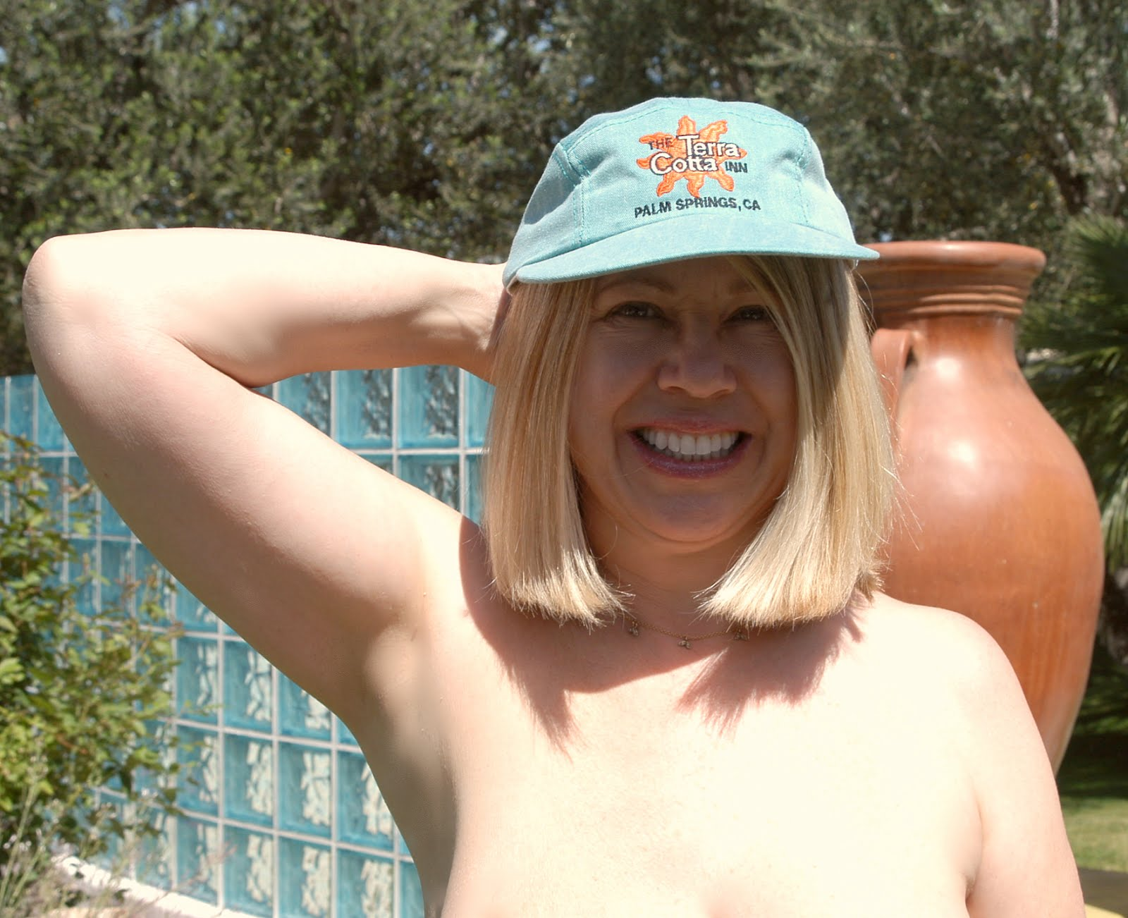 Nude swinger resorts in palm springs california photo 376