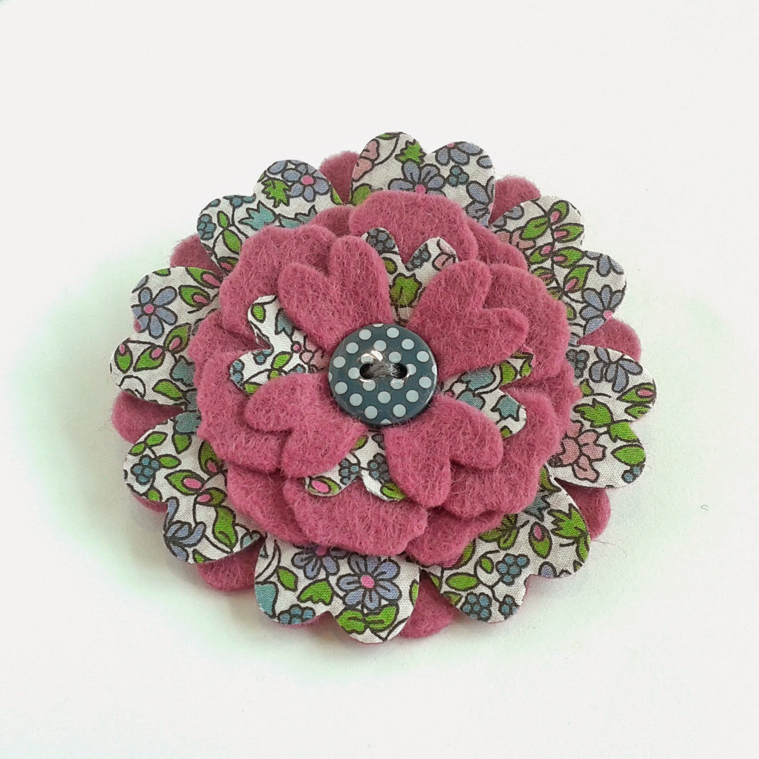 https://www.etsy.com/uk/listing/192501806/felt-flower-brooch-pin-liberty-hana-in?ref=shop_home_feat_4