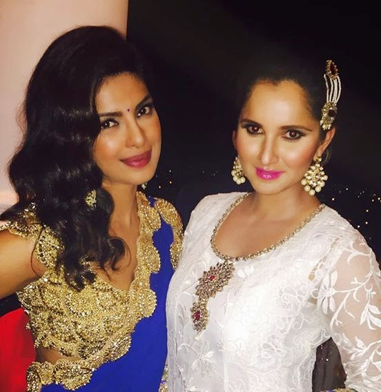 Priyanka Chopra looked stunning in an Abu Jani and Sandeep Khosla saree at Arpita Khan's wedding