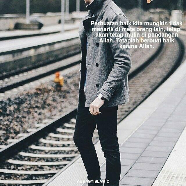 Pemuda ini mengalami kesulitan hidup, terutama yang berhubungan dengan penyakitnya. Selama ini ia telah mengidap penyakit jantung yang cukup parah. Namun dengan kesabarannya, semua itu justru semakin membuatnya lebih steril dan bersih. Dokter dan bahkan banyak orang sudah mengetahui kondisi jantungnya yang sakit, hanya saja pemuda itu tak berhenti mencari jiwa-jiwa yang gersang dan lumpuh yang masih berserakan di sana-sini untuk dibimbingnya sebagian menjadi hamba Allah Ta'ala yang sejati.