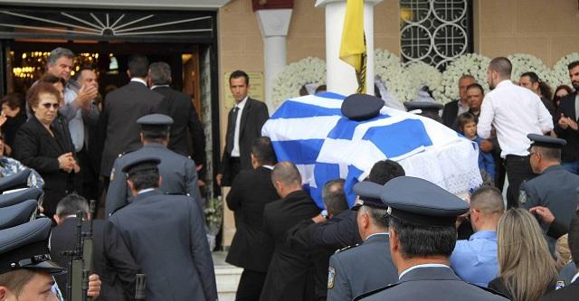 Το δημόσιο κατάσχεσε τα χρήματα των εξόδων κηδείας από χήρα αστυνομικού