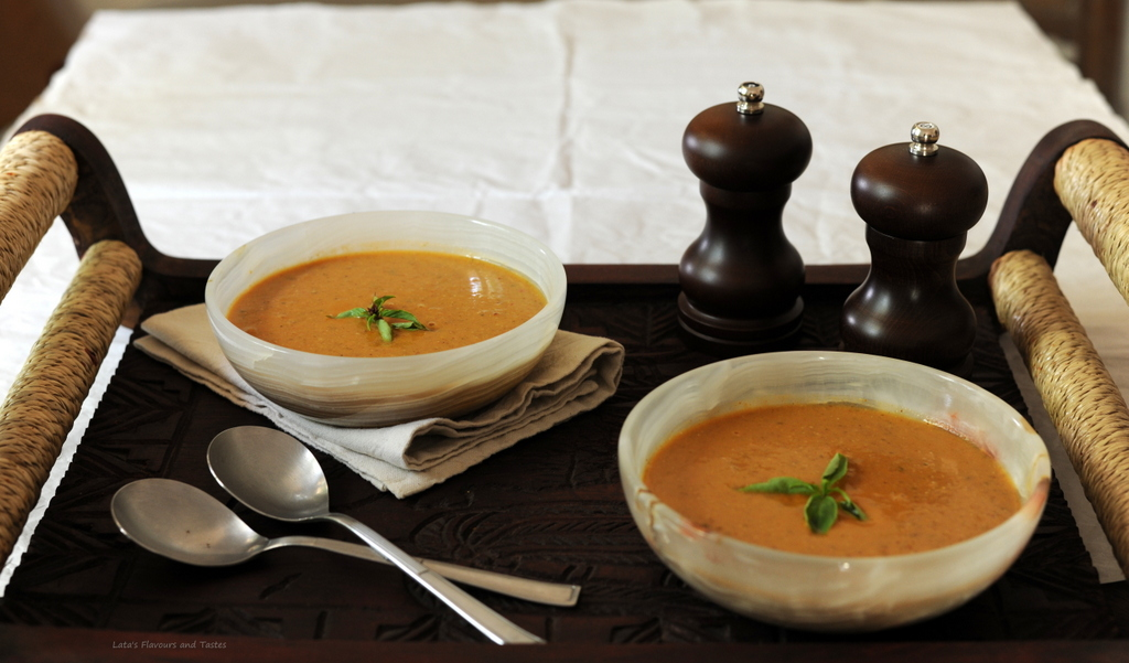 Flavours and Tastes: Western African Vegetarian Peanut Soup