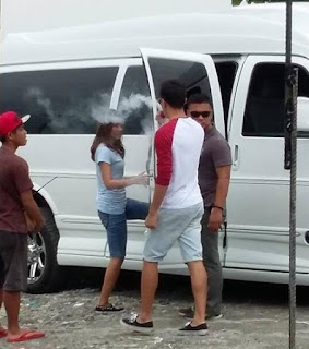 Daniel Padilla vaping on the set