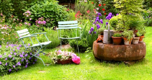 Smmitbd simple garden designs for Simple home garden designs