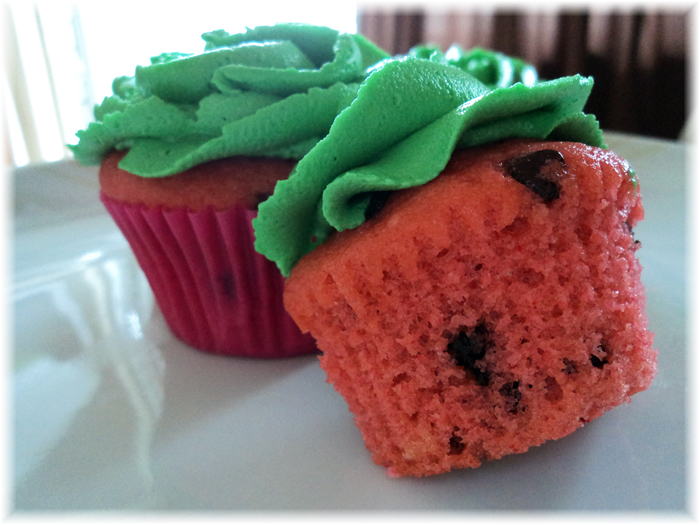 Freah, Cool slices of Watermelon Cupcakes | I Bake Cupcakes