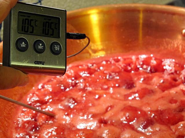 confettura di fragole all'aceto balsamico di rossella e pepe - metodo ferber