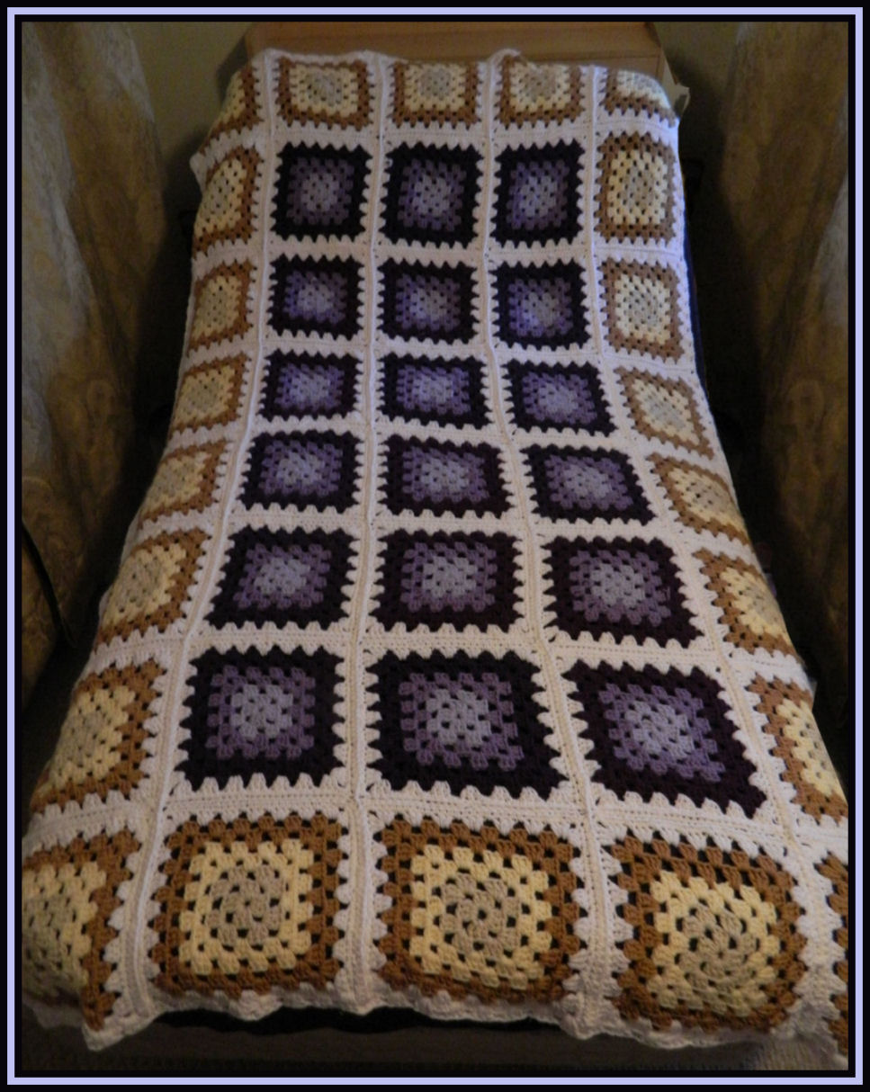 Free crochet patterns for the beginner and the advanced twin size this is my newest crochet twin size traditional granny square blanket i gathered all my favorite colors and made a blanket with them dt1010fo