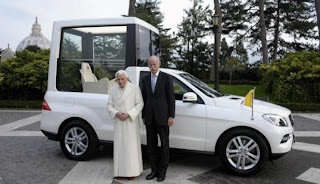 Mobil Mercy anti peluru Pendeta Paus Benediktus