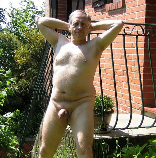 outdoorsman07012012 15 Chubby Sexy Guys Outdoors with their Cocks Hanging Out
