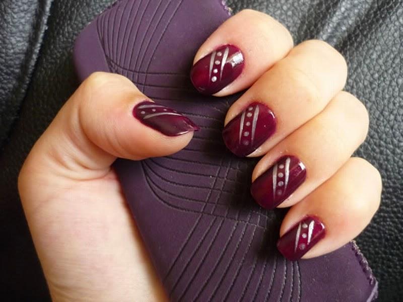 Nail Arts: Types of Nail Art and Design,Nail Stripes,Nail stickers ...