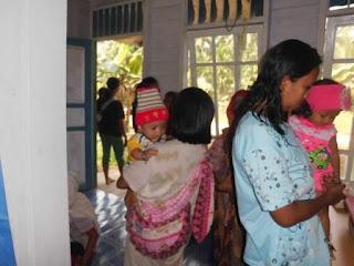 Pelayanan Imunisasi di Pustu Sungai Baung