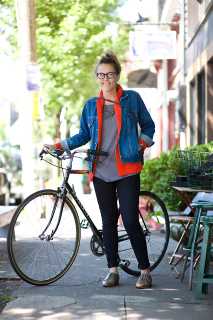 Retro Eyeglass Frames Portland Oregon : Urban Weeds: Street Style from Portland Oregon: Sage on N ...