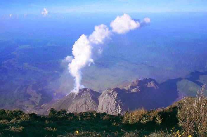 Gunung Berapi Santa Maria