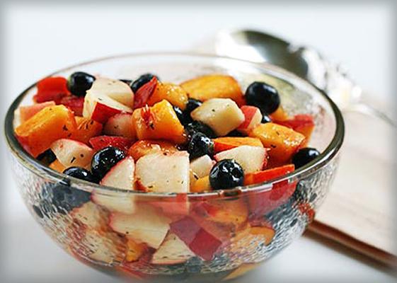 Саалатик из фруктов