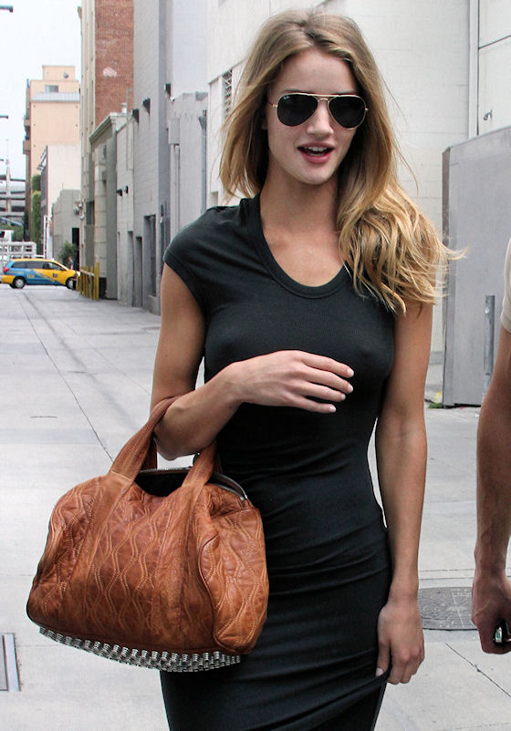 Rosie Alice Huntington-Whiteley Bra Size, Height, Weight And Measurements