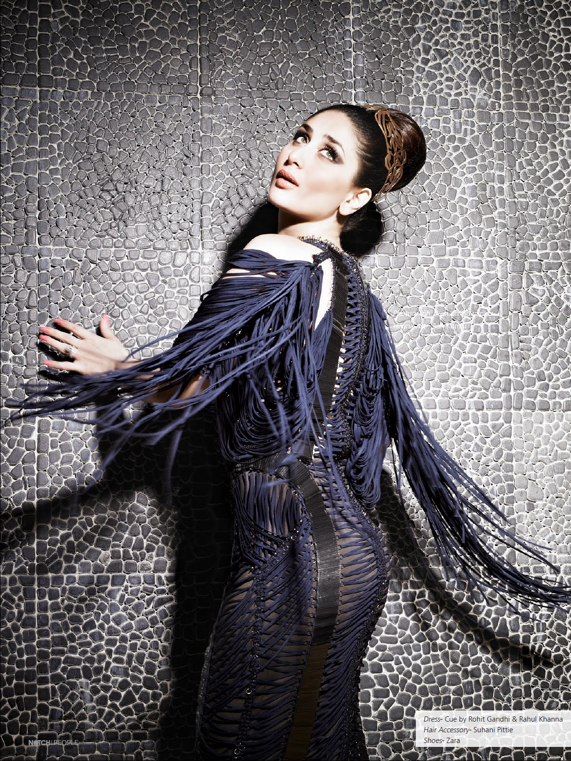 ... pictures of Kareena Kapoor for Notch Magazine September 2012 Issue